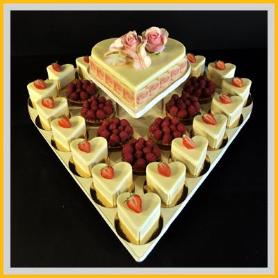 Hochzeitstorte Herz Erdbeeren Kosten Beliebte Hochzeitstraditionen